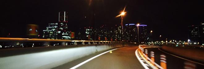 横浜地裁への道